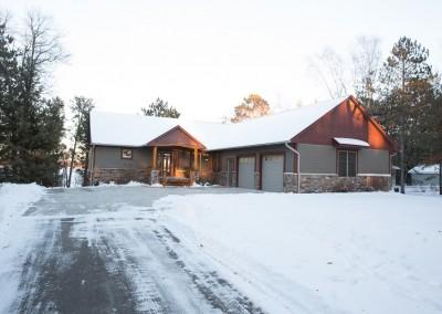 Horseshoe Lake Home - Front